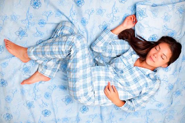 сон в теплой пижаме