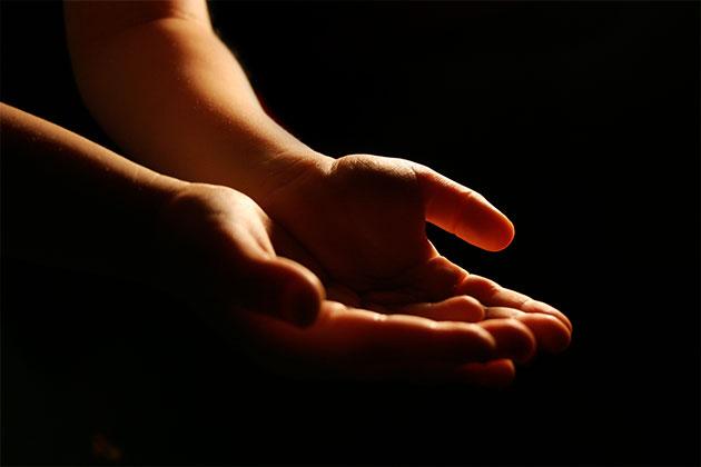 сильно потеют руки