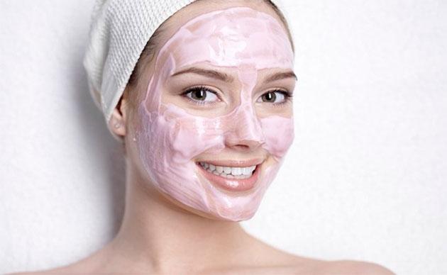 розовая маска для лица